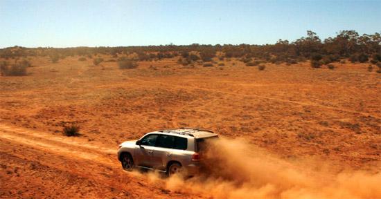 Реклама Toyota Land Cruiser